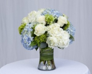 Seabreeze Rose and Hydrangea Mix Flower Arrangement in Burbank, CA | MY BELLA FLOWER