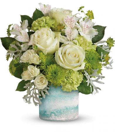 Seaside Roses Bouquet All-Around Floral Arrangement