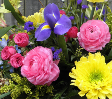 Season of Flowers  A Fresh Flower Subscription for 3, 6 or 12 Months
