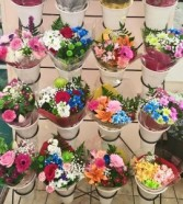 Seasonal Bouquet (Painted) Hand-tie Bouquet