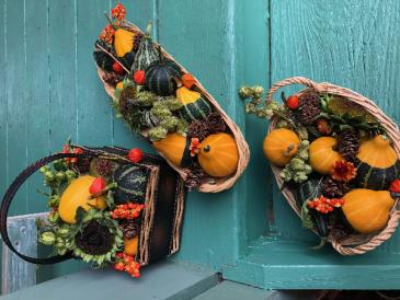 Seasonal Gourd and Berry baskets Basket assortment