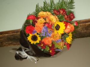 SEASONAL WRAPPED BOUQUET  in Springfield, VT | WOODBURY FLORIST