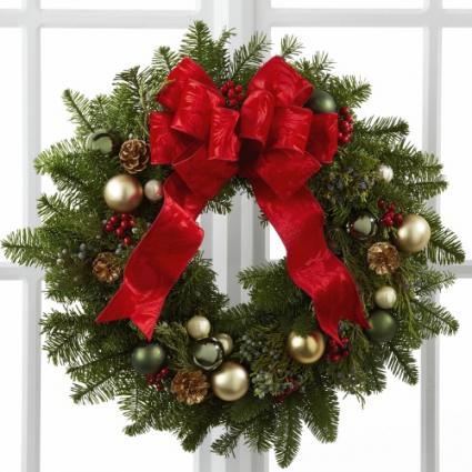 Season's Greetings Christmas Wreath