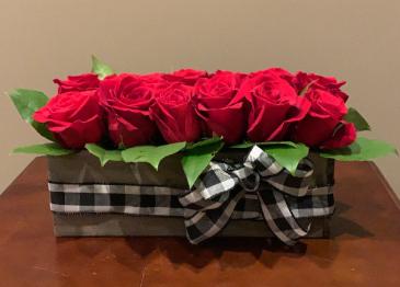 Sending Love Modern Table Piece