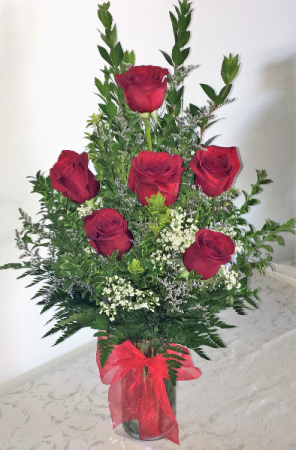 Sending Six Rose vase arrangement in Decatur, TX | A RAY OF FLOWERS