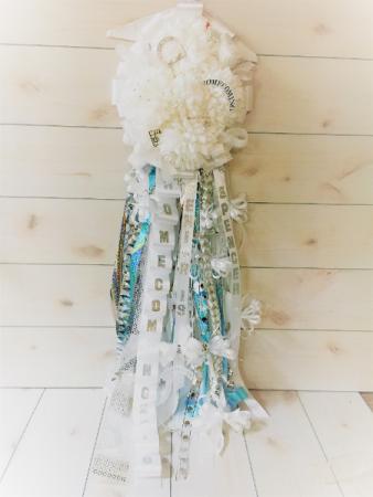 Senior Homecoming Mum In Fort Worth Tx Davis Floral Designs
