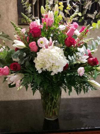 Sensationally Stunning large vase arrangement