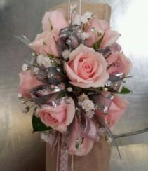Sentant Rose Corsages
