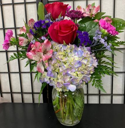 SFS L999 Vased Bouquet