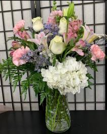 SFS P973 Vased Bouquet