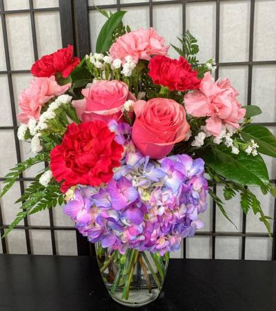 SFS P999 Vased Bouquet