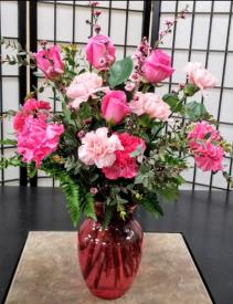 SFS P999 Vased Bouquet