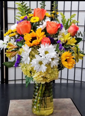 SFS Y973 Vased Bouquet in Indianapolis, IN | SHADELAND FLOWER SHOP