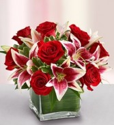 sha6 roses and lilies (red)