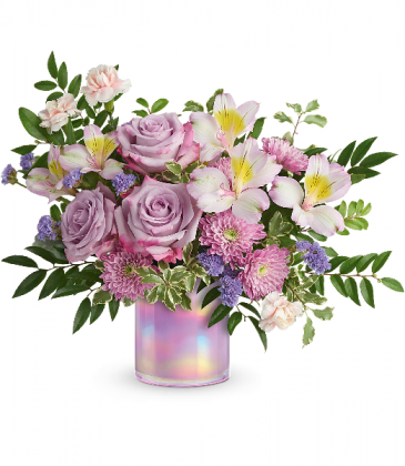 Shimmering Spring Bouquet T21E305A