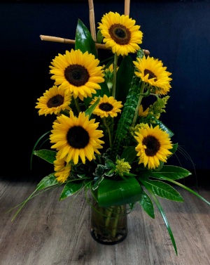 Sigi's Simple Sunflowers Highstyle  in Charlotte, NC | GALLERY OF FLOWERS