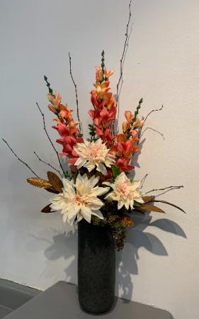 (SILK) Peachy Keen Silk flower arrangement