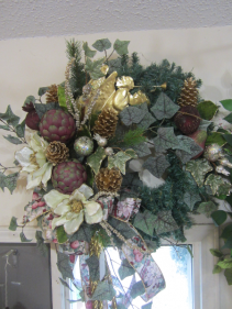 Silk pine wreath, Angels trumpet Gold, Cream, touch of mauve/burgandy