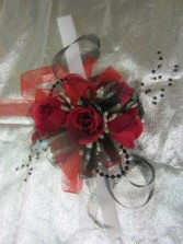 Silk red rose Wrist Corsage