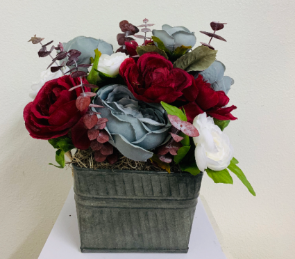 (SILK)  Twilight Zone Silk Arrangement