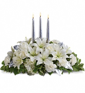 Silver Elegance  Centerpiece in Coral Springs, FL | DARBY'S FLORIST