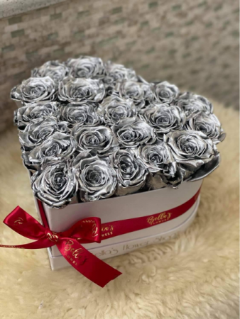 Silver Rose Heart One Year Roses