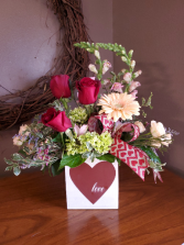 Simpified love fresh arrangement