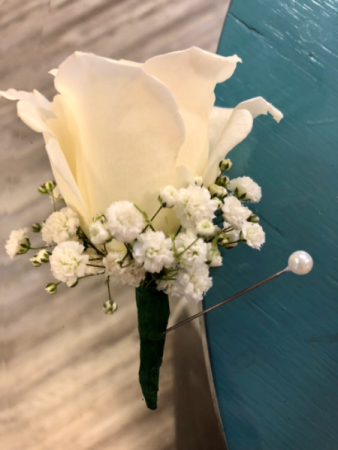 Simple White Rose  Boutonnière