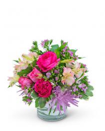 Simply Cosmopolitan Flower Arrangement