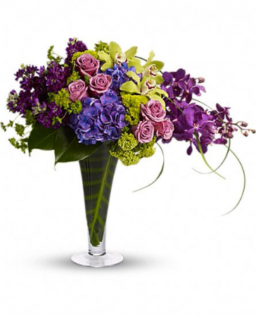 SIMPLY ELEGANT Vase Arrangement