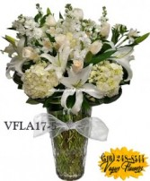 SIMPLY ELEGANT WHITE Floral Arrangement