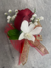 SIMPLY GOLD PROM BOUTONNIERE