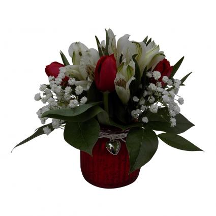 Simply Lovely Vase Arrangment