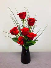 Simply Red Rose Arrangement