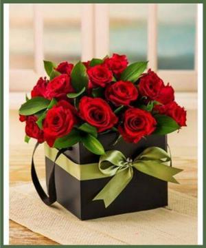 Simply Sophisticated Boxed Arrangement in Arlington, TX | Erinn's Creations Florist