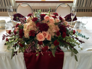 Simply Stunning Sweetheart Table Centerpiece