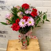 Simply Sweet vase arrangement