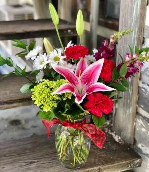 Simply Sweet Vase of Fresh Cut Valentine's Flowers in Key West, FL | Petals & Vines