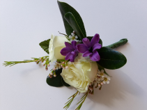 Simply Violet Boutonniere