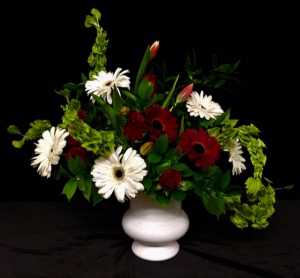 Sincere Gerber Daisies, Tulips, Roses in Plainview, TX | Kan Del's Floral, Candles & Gifts