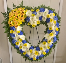 SINCERE HEART Standing Heart Wreath