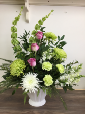 Sincere Remembrance Sympathy arrangement