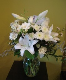 SINCERE SYMPATHY Vase arrangement