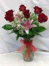 Six Rose Vase With Stargazer Lily
