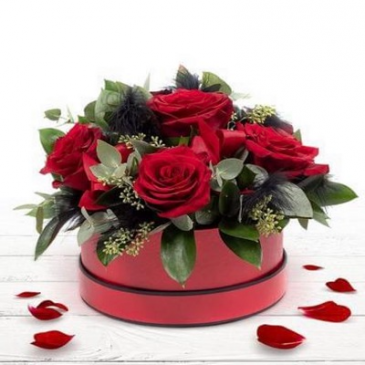 Six Seductive Kisses - 3 different colours Rose Box