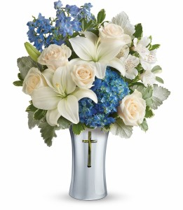 Skies Of Remembrance Bouquet PM T278-1C By Teleflora in Hesperia, CA | ACACIA'S COUNTRY FLORIST