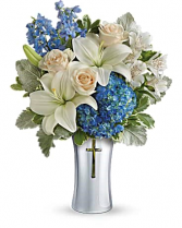 Skies Of Remembrance Bouquet Sympathy Flowers / All Occasions