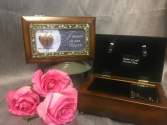 SMALL MUSICAL JEWELRY BOX WITH LOCKET