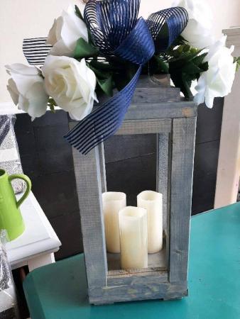 Sm Wooden Lantern Decor