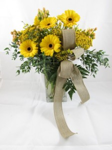 Smile and Shine Custom Fitzgerald Flowers Arrangement in La Grande, OR | FITZGERALD FLOWERS